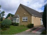 Detached Bungalow to rent in Burford Road...