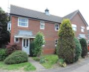 3 bedroom semi detached home to rent in Waltham Gardens, Banbury