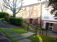 Flat to rent in Holmbury Grove...