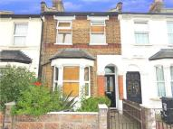 3 bed Terraced home in Oakley Road, London