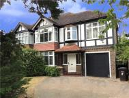 4 bed semi detached home to rent in Addiscombe Road, Croydon...