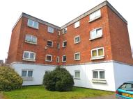 Apartment to rent in St. Lukes Close, London...