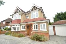 4 bed Detached house in Cheyne Walk, Croydon, CR0