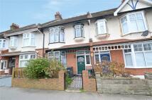 3 bedroom Terraced property in Everton Road, Croydon...