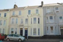 Flat to rent in Stuart Road...
