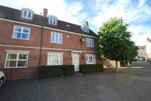 Town House to rent in Corsbie Close...