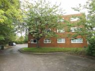 2 bed Flat in Valley Court...
