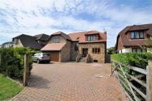 5 bedroom Detached home to rent in Welley Road, Wraysbury...