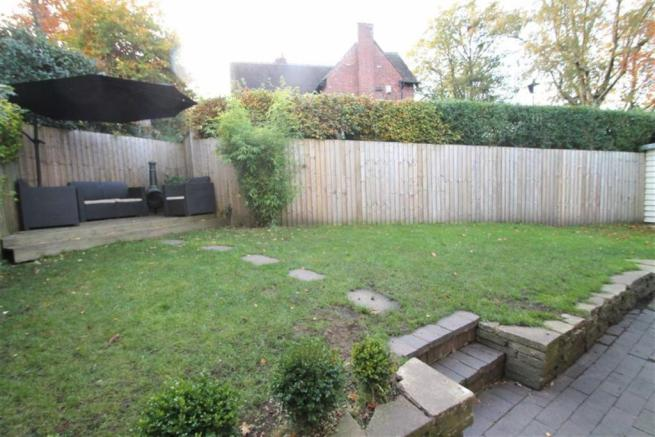Outside/ Rear Garden