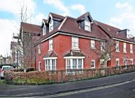 2 bedroom Flat to rent in Penn House, Jennery Lane...