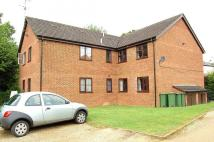 Flat in Brookside Close...