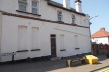Maisonette for sale in Central Road...