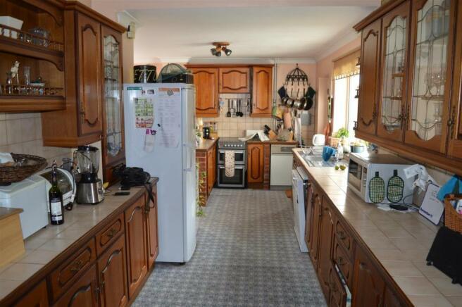 Open Plan Kitchen Dining Area
