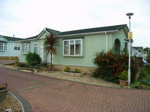 2 Bedroom Mobile Home For Sale In Woodlands Park Quedgeley