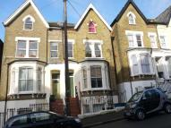 1 bed Flat in Rockmount Road...