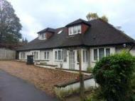 5 bedroom property to rent in Higher Drive, Purley...