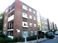 2 bedroom Apartment in Elmworth Grove...