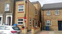 4 bed home to rent in Kirkwood road, Nunhead...