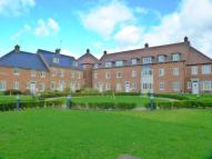 2 bedroom Flat in Avian Avenue, St Albans...