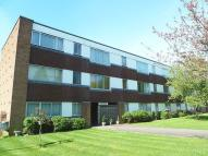 Flat to rent in Blunesfield, Potters Bar...