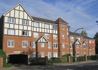 1 bedroom Retirement Property in Darkes Lane, Potters Bar...
