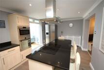 3 bedroom semi detached home in Exeter Road, Welling...