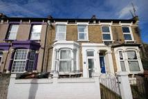 3 bedroom Terraced house in Alexander Road, Leyton