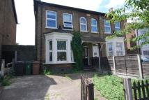 4 bedroom semi detached property in VICARAGE ROAD