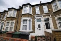 3 bed Terraced house in Church Road, London