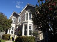 3 bed Flat for sale in Central Location