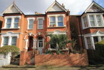 5 bed house in Derwentwater Road, Acton