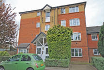 Flat for sale in Anderson Close, Acton