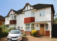 3 bed semi detached home in Pierrepoint Road, Acton