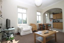 Flat to rent in East Churchfield Road...
