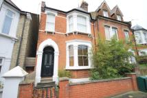 4 bed house in Brougham Road, Acton