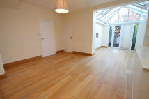 4 bedroom house in The Ridgeway, Acton...