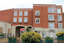 2 bedroom Flat in Coopers Court