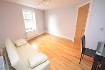 1 bedroom Flat in Acton Lane, Acton