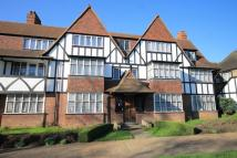2 bed Flat in Thanet Court, Acton