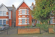 7 bed property in Twyford Avenue, Acton