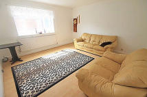 2 bed Flat in Shaa Road, Acton