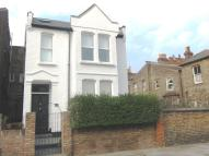 5 bedroom Detached house in Baldwyn Gardens, Acton