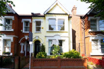 Flat to rent in Newburgh Road, Acton