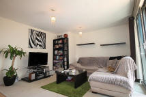 2 bed Flat to rent in Ebbett Court, Acton