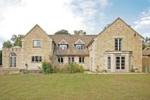 6 bed Detached property in Westwell Road...