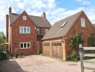5 bed Detached house for sale in Hammersley Lane, Penn