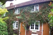 Cottage to rent in Wycombe End, Beaconsfield