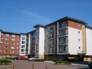 Flat to rent in Clarkson Court, Hatfield...