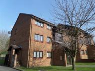Flat in Tudor Close, Hatfield...