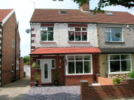3 bed semi detached property in Hawthorn Road, Redcar...